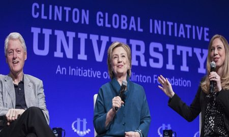 From L-R: Former U.S. President Bill Clinton, Former Secretary of State Hillary Clinton, and Vice Chair of the Clinton Foundation Chelsea Clinton, discuss the Clinton Global Initiative University during the closing plenary session on the second day of the 2014 Meeting of Clinton Global Initiative University at Arizona State University in Tempe, Arizona March 22, 2014. REUTERS/Samantha Sais