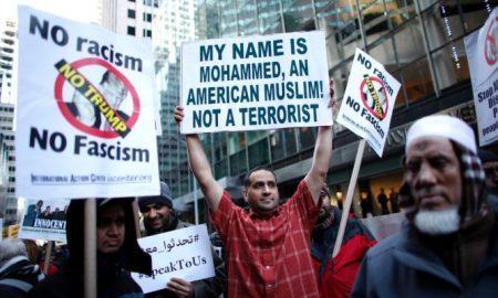 151223114048-donald-trump-muslim-ban-protest-super-169