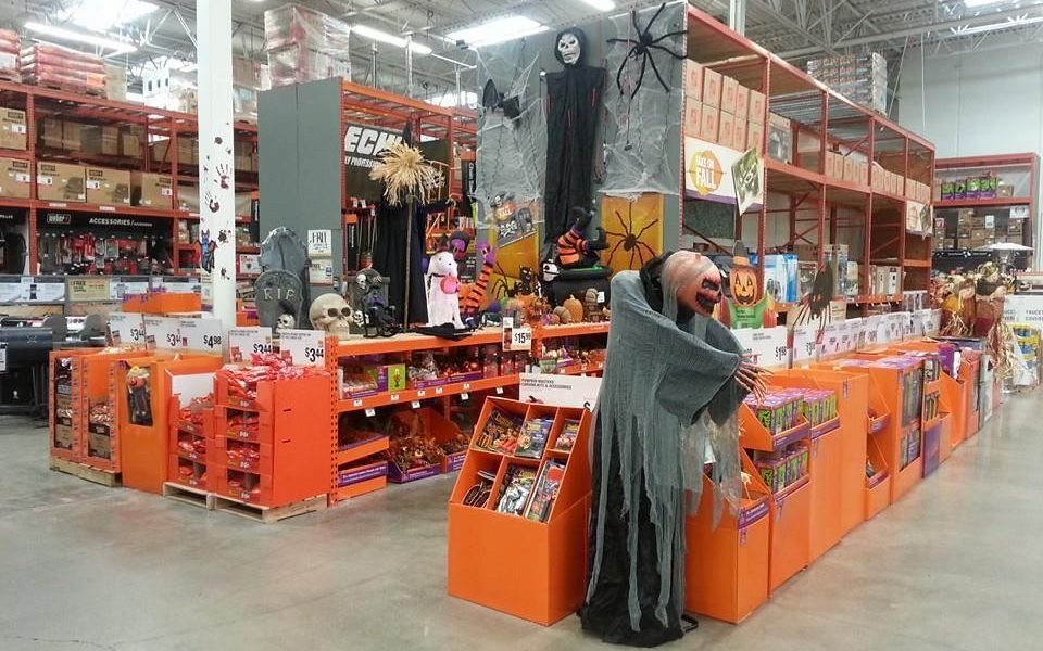 [PHOTOS] Womans Complaint Causes Home Depot To Pull 'SCAREY' Halloween Decorations