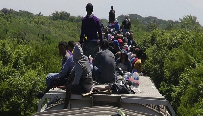 Feds Release 6,051 Illegal Alien Kids Into U.S. In A SINGLE MONTH — That's 195 PER DAY