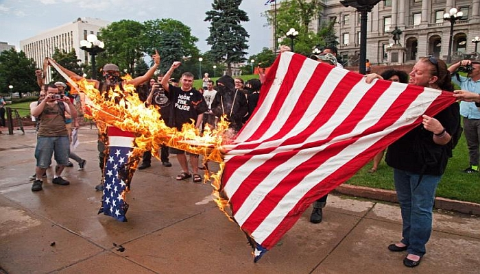 """Liberal College Refusing to Fly """"Racist"""" American Flag Because Trump Won"""