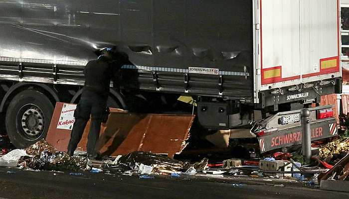 Horrified Witnesses Capture SHOCKING Aftermath of DELIBERATE Berlin Truck Attack [VIDEO]