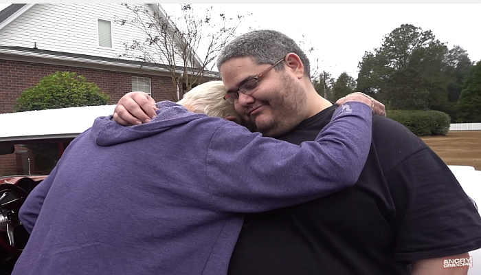 """""""Angry Grandpa"""" Receives Dream Car For Christmas, Breaks Down In Tears [VIDEO]"""