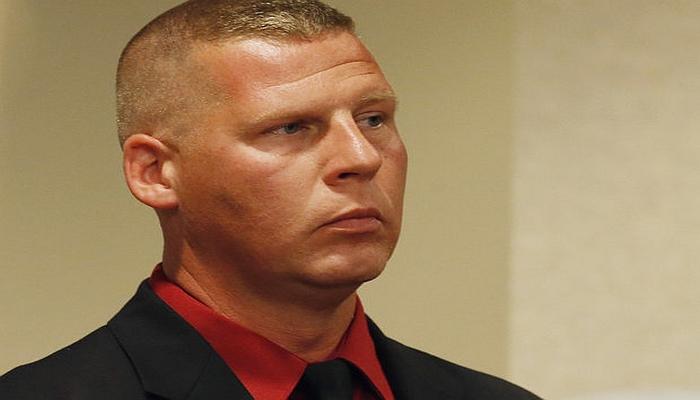 Police Officer Arrested For Exposing Himself, Raping Boy in Burger King Bathroom