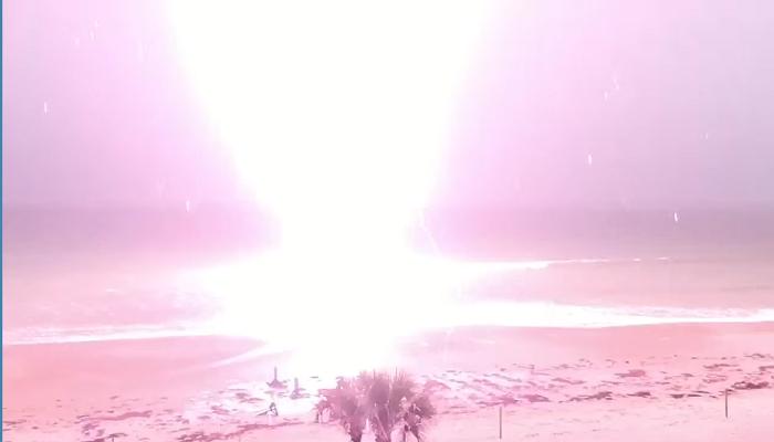 Mesmerizing Footage of Lightning Strike Off Daytona Beach [VIDEO]