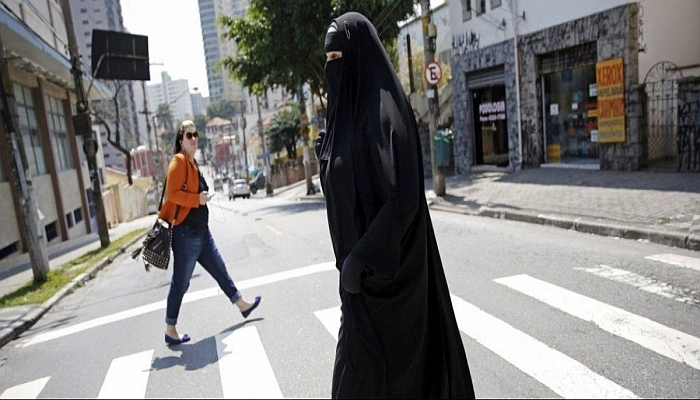 JUDGE: Muslim Woman Accuser CANNOT Cover Her Face In Court
