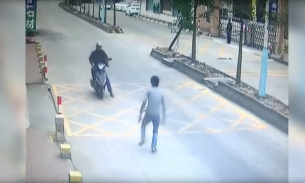 Dude Pulls Off Matrix Like Move To Take Out Thief [VIDEO]