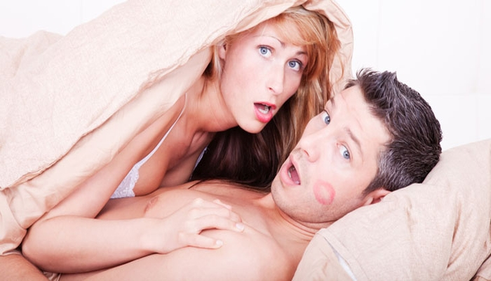 Is He A Cheater? Here Are 10 Unmistakable Signs He Is DEFINITELY Cheating On You!
