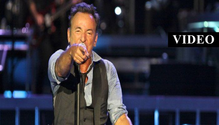 Bruce Springsteen Hold's Concert In Australia, TRASHES America On Stage [VIDEO]