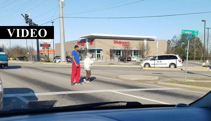 Man Blocks Traffic As Motorists Observe In Disbelief, His Actions Have Gone Viral