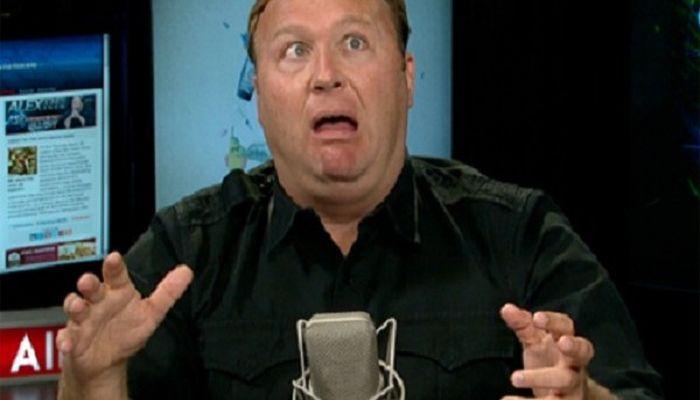 Conspiracy Nut Alex Jones Apologizes For Pizzagate Lunacy