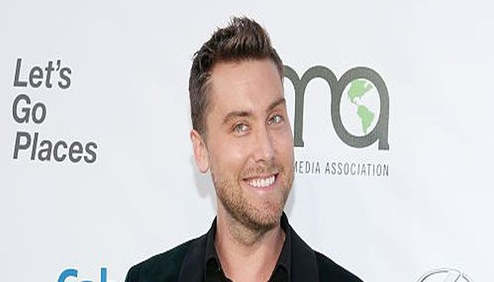 """Hollywood Homo Lance Bass: """"We Can't Rely On Our President For The First Time In History"""""""