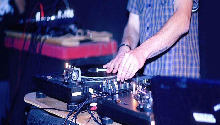 DJ Creates Dance Remix To Muslim Prayer, Sentenced To Year In Jail