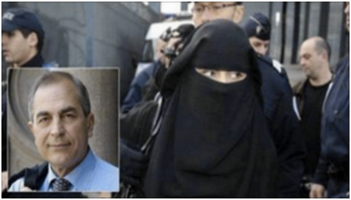 Muslim Woman Refuses To Remove Veil At Town Hall, Mayor Responds In Controversial Fashion