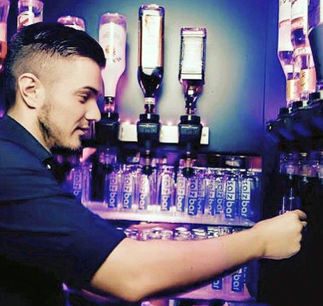 27yo Bartender Goes To Court For Loud Burp, But It's The Smell That Has Him In Hot Water