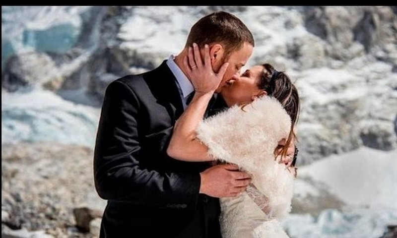 Why California couple climbed Mount Everest for breathtaking wedding [video]