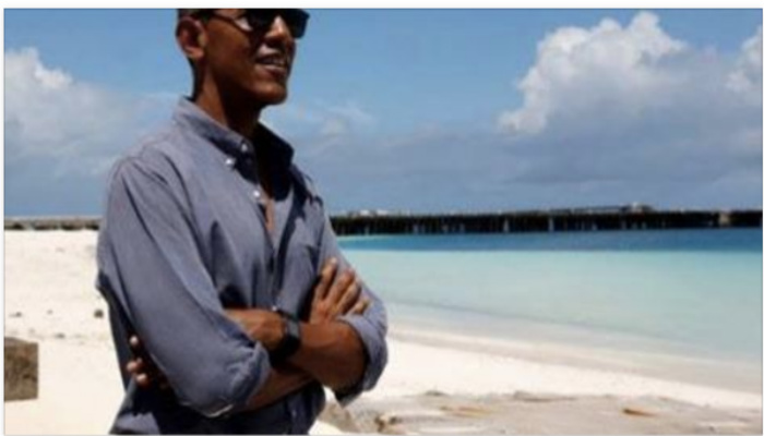Take A Good Look And See If You Can Spot What Is Different About Obama [Photo]