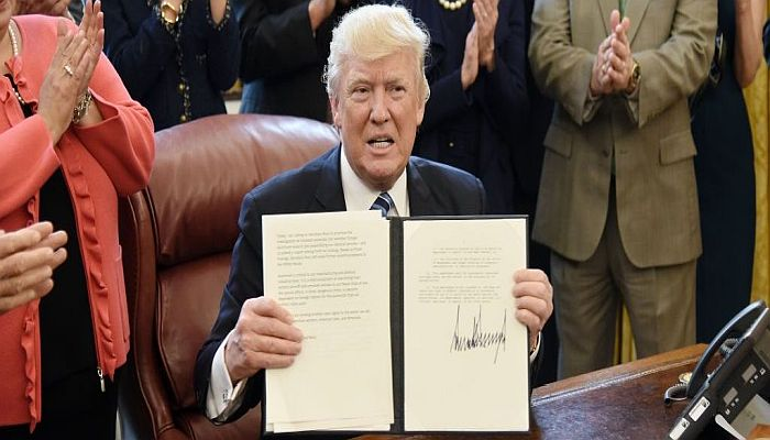 PRESIDENT TRUMP To Sign Religious Freedom Executive Order On Nat'l Day Of Prayer