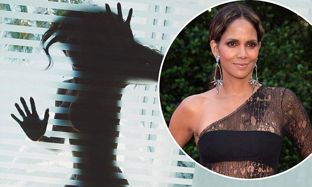 Halle Berry Strips NAKED To Send Message 'Freedom is no fear' [PHOTO]