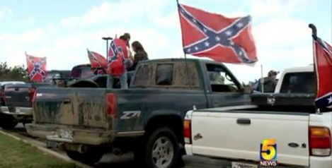 35+ Trucks Flying Confederate Flags Comes to a Grinding Halt When Cameraman's Prediction Instantly Comes True [WATCH]