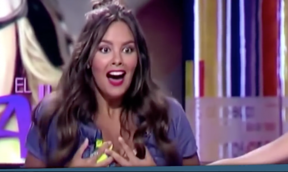 Beautiful TV Host Accidentally Shows Off Way More Than She Intended