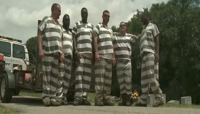 Prisoners Save Guard's Life, Get Their Sentences Cut By 25%