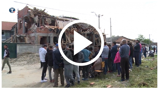 Entitled Muslims Build Tacky Mosque Without Permit, Wake To Nasty Surprise For Ramadan [VIDEO]