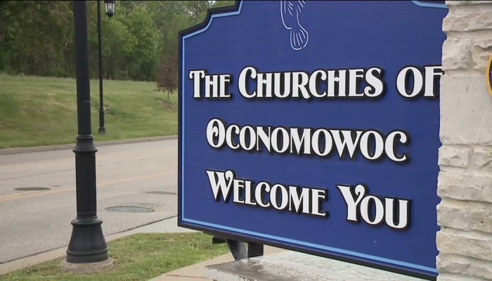 TODD STARNES: Atheists Demand Town Remove Church Welcome Signs
