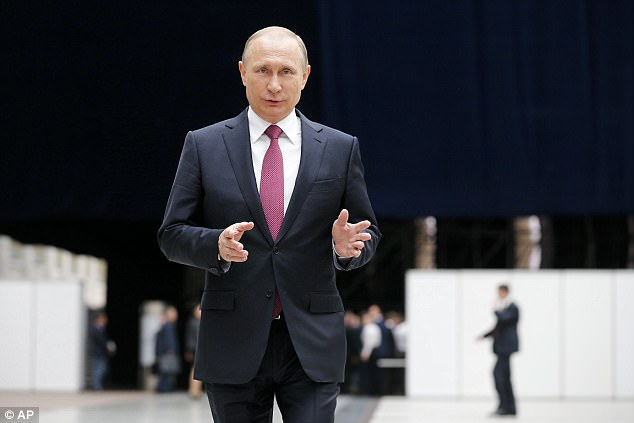 Putin Offers To Give James Comey Asylum After He's Charged
