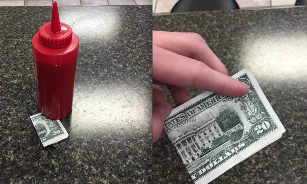 $20 Tip For Server Turns Out To Be Something Completely Different (Photos)