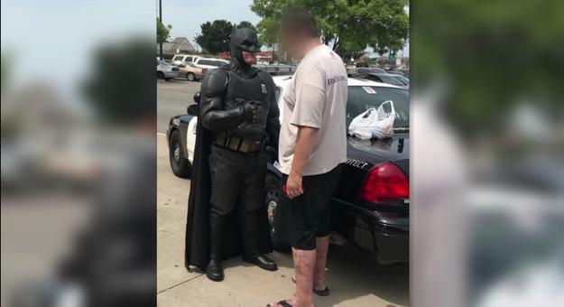 Man Who Shoplifted A 'Lego Batman' Movie Got Arrested By Batman [VIDEO]