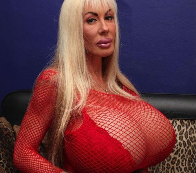 Porn Star Sought Medical Attention For Her 'Dangerous' O-Cup Breasts [WATCH]