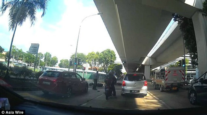 What Happens When a Bus Driver Decides a Red Light is Merely a Suggestion? [VIDEO]