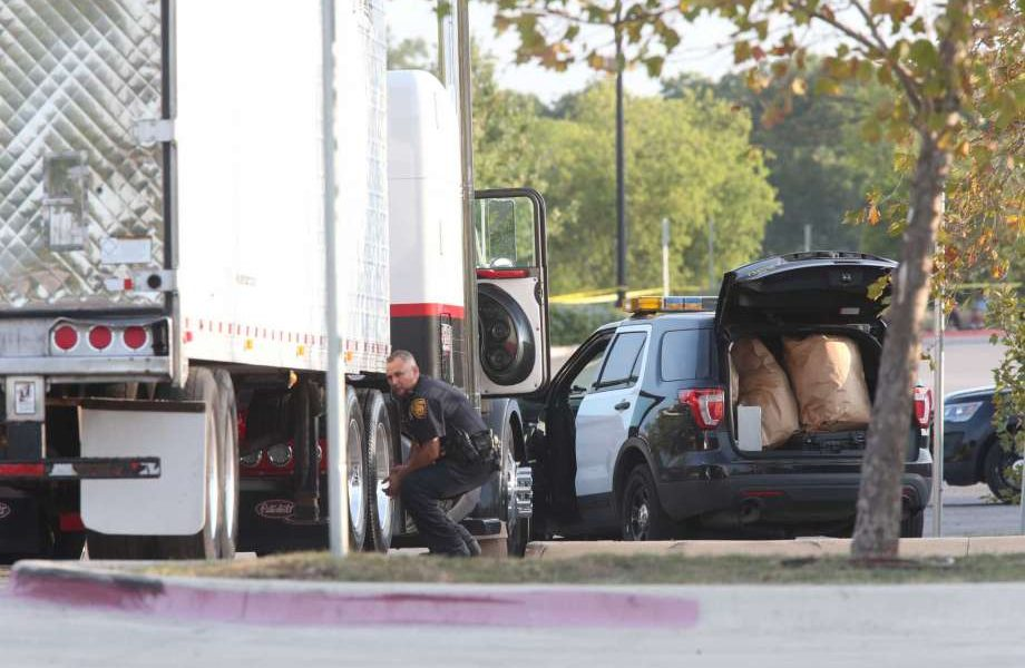Ten Illegal Aliens Found Dead in the Back of a Truck Operated By Smugglers