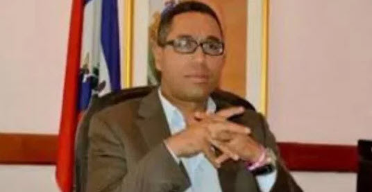 Former Haitian Official Shot in Head 1 Week Before Testifying Against Clintons