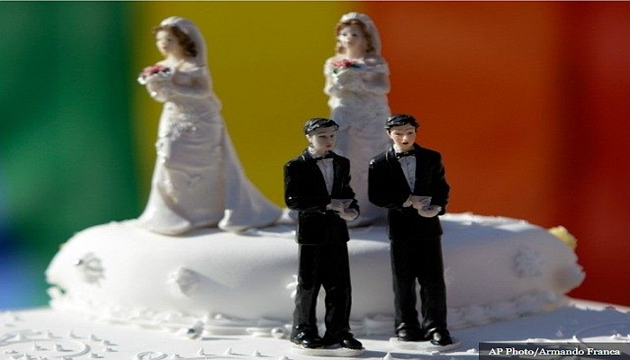 POLL: Most Voters Defend Baker's Right To Not Bake Wedding Cake For Gay Couple