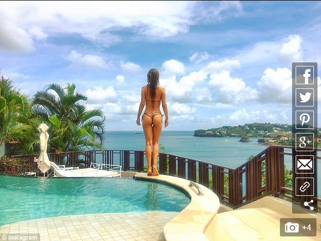 Joanne Krupa Takes It Off: She Takes It All Off [PHOTOS and VIDEO]