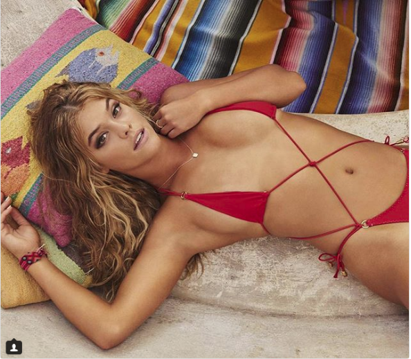 Nina Agdal Packed All of Her Vacation Clothes in a Lunchbox [PHOTOS and VIDEO]