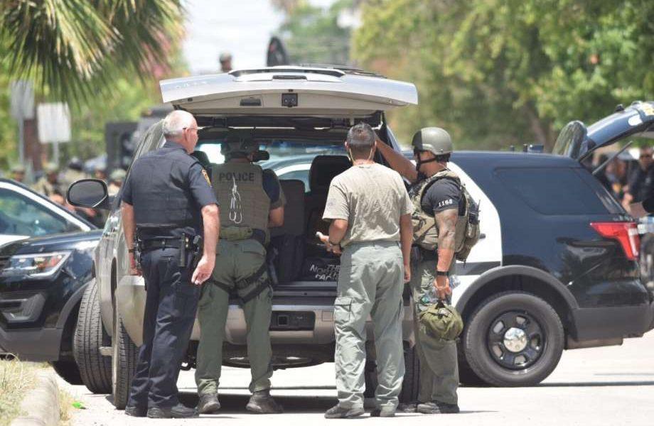 San Antonio SWAT Team Deployed Downtown