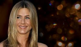 Deja Vu: Jennifer Aniston in a Black Dress and No Bra With Interesting Results [PHOTOS]
